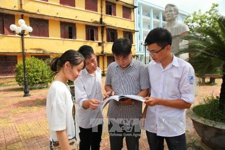 Chinh thuc lay y kien ve to chuc ky thi Trung hoc Pho thong Quoc gia nam 2018 - Anh 1