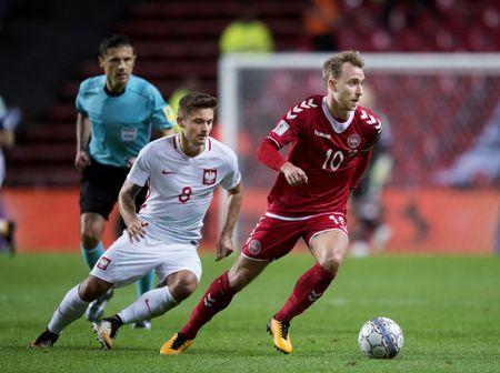 5 ao dau dep nhat va xau nhat o vong loai World Cup 2018 - Anh 1
