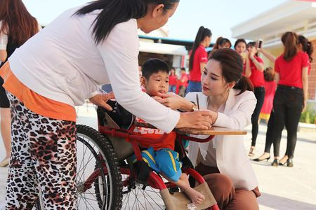 Day la ly do chang trai nao cung muon cuoi HH Thu Thao - Anh 14
