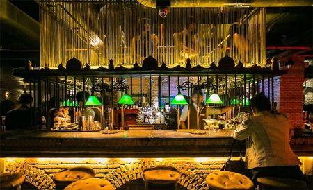 Di bar phong cach o Bangkok - Anh 3