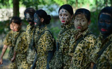 Huong Giang Idol cuc 'lay' trong loat anh 'nha hang' Sao Nhap Ngu mua 4 - Anh 13