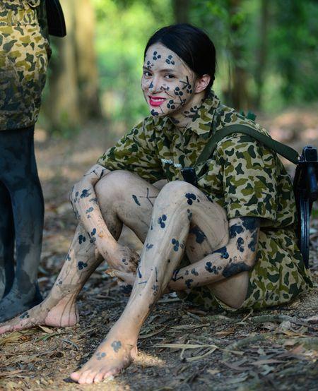 Huong Giang Idol cuc 'lay' trong loat anh 'nha hang' Sao Nhap Ngu mua 4 - Anh 14