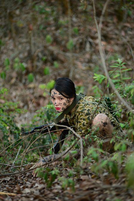 Huong Giang Idol cuc 'lay' trong loat anh 'nha hang' Sao Nhap Ngu mua 4 - Anh 17
