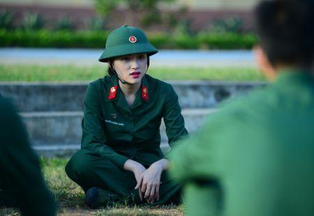Huong Giang Idol cuc 'lay' trong loat anh 'nha hang' Sao Nhap Ngu mua 4 - Anh 5