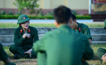 Huong Giang Idol cuc 'lay' trong loat anh 'nha hang' Sao Nhap Ngu mua 4 - Anh 6
