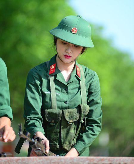 Huong Giang Idol cuc 'lay' trong loat anh 'nha hang' Sao Nhap Ngu mua 4 - Anh 8