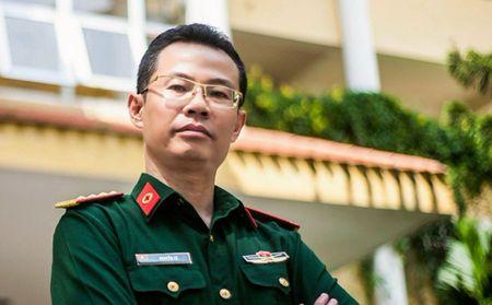 Bac Si Nguyen Le: '10 nam ung thu gan, khong hoa tri, xa tri van song khoe' - Anh 1
