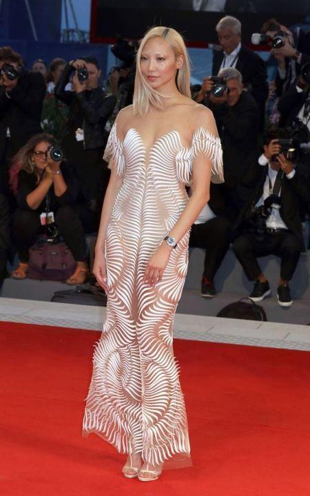 LHP Venice 2017: Jennifer Lawrence vua xuat hien da thu hut moi anh nhin - Anh 5