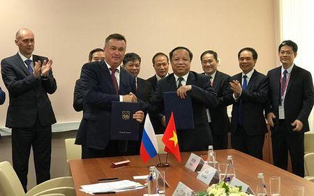 Viet Nam quan tam hop tac kinh te voi Vung Vien Dong cua Nga - Anh 2