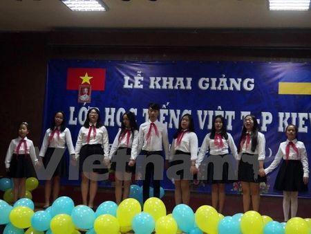 Khai giang lop hoc tieng Viet tai thu do Kiev cua Ukraine - Anh 2