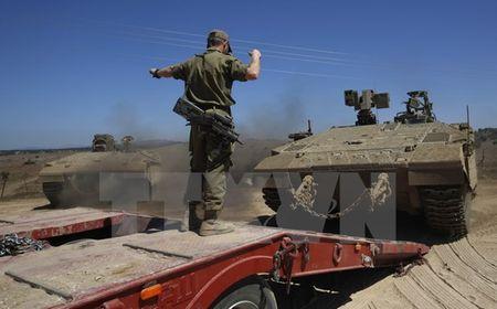 Israel khong kich cac muc tieu tinh nghi tren lanh tho Syria - Anh 1