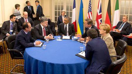 EU gia han trung phat, nguoi dan Nga chang quan tam - Anh 1