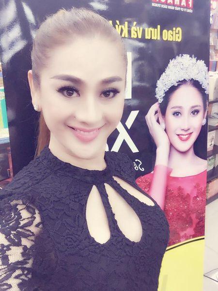'Rung minh' vi Lam Khanh Chi tiet lo 'dao keo' tao bo phan sinh duc - Anh 4