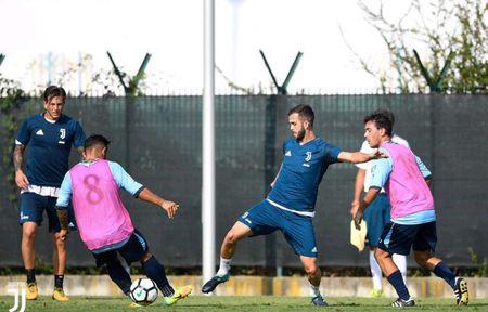 Juventus miet mai dau tap chuan bi cho man tro lai Serie A - Anh 10