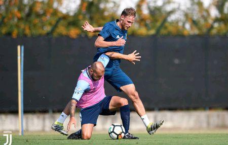 Juventus miet mai dau tap chuan bi cho man tro lai Serie A - Anh 4