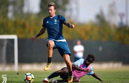 Juventus miet mai dau tap chuan bi cho man tro lai Serie A - Anh 9
