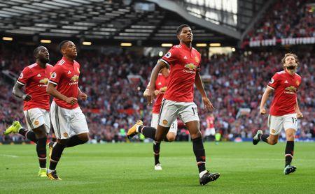 Mourinho tro lai dai ban doanh Man Utd - Anh 7