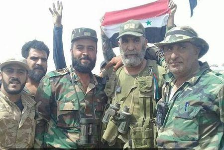 Tu lenh Luc luong Ho Syria truc tiep chi huy giai phong Deir Ezzor - Anh 1