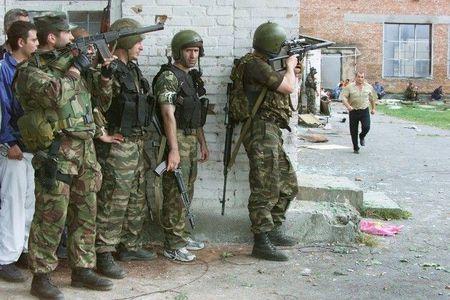 Tham kich vu khung bo Beslan sau 13 nam nhin lai - Anh 4