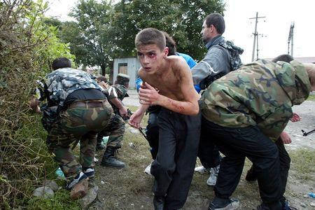 Tham kich vu khung bo Beslan sau 13 nam nhin lai - Anh 9