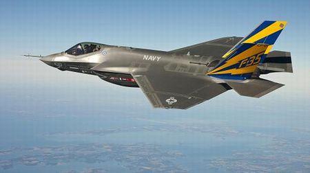 Hai quan Anh trien khai F-35 cho tau san bay moi nhat - Anh 2
