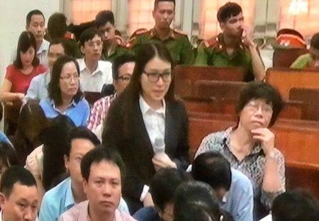 Xu dai an Ocean Bank: 'Nguoi dep' nuc no, khai ky hop dong vi tin... tien sy luat - Anh 1