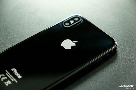 Apple tim kiem nha cung cap man hinh OLED ngoai Samsung - Anh 1