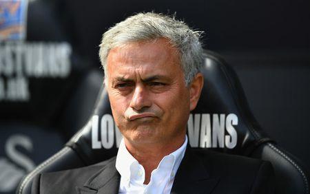HLV Mourinho tiep tuc che bai Arsenal va Wenger - Anh 1