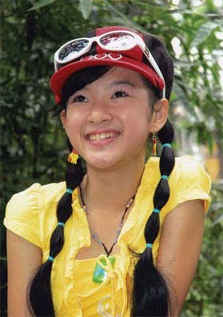 Nhan sac thay doi bat thuong do dao keo qua da cua Angela Phuong Trinh - Anh 2