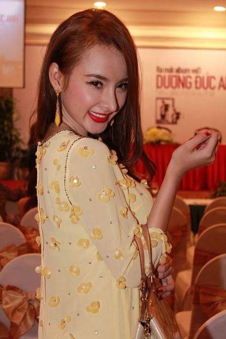 Nhan sac thay doi bat thuong do dao keo qua da cua Angela Phuong Trinh - Anh 5