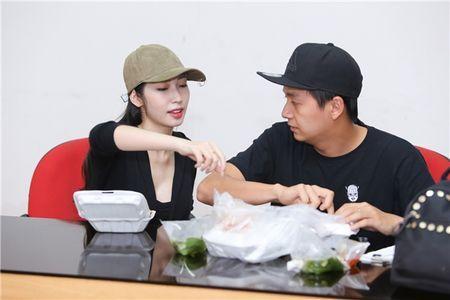 Nhung cap doi duoc fan 'hong' dam cuoi nhat showbiz Viet - Anh 11