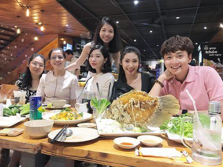 Nhung cap doi duoc fan 'hong' dam cuoi nhat showbiz Viet - Anh 13