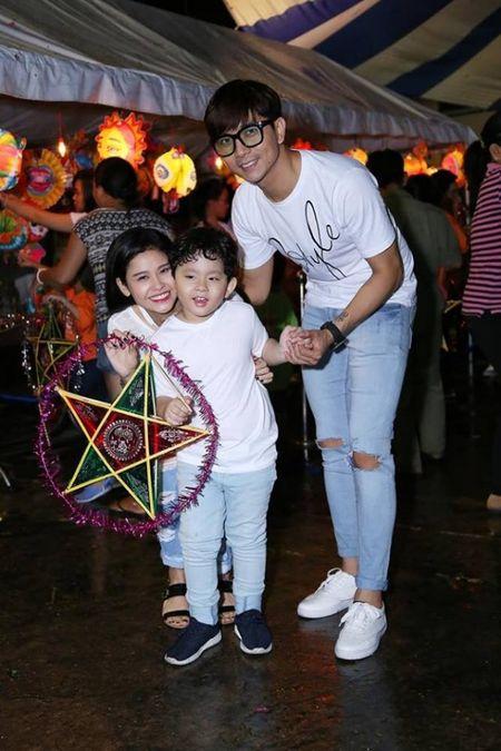 Nhung cap doi duoc fan 'hong' dam cuoi nhat showbiz Viet - Anh 26