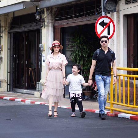 Nhung cap doi duoc fan 'hong' dam cuoi nhat showbiz Viet - Anh 27
