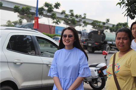Ngoc Lan lon tieng voi CSGT: Loi ke bat ngo cua nguoi co mat - Anh 2