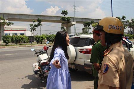 Ngoc Lan lon tieng voi CSGT: Loi ke bat ngo cua nguoi co mat - Anh 3