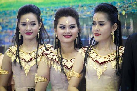 Nhon nhip hoi cho Du lich Quoc te TP HCM - Anh 6