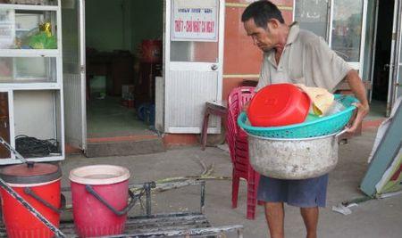 'Lung gu' can man don he pho lam dep cho doi - Anh 1