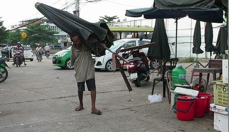 'Lung gu' can man don he pho lam dep cho doi - Anh 3