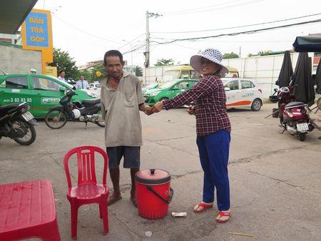 'Lung gu' can man don he pho lam dep cho doi - Anh 4