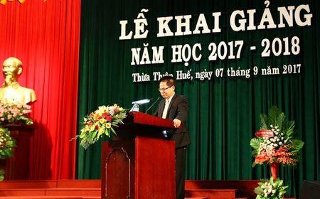 Truong Dai hoc luat - Dai hoc Hue khai giang nam hoc moi - Anh 3