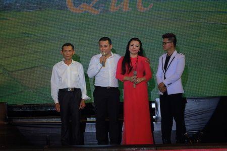 "Dao dien, nhac si Cap Anh Tai: Tinh ban lam nen ""Tinh que"" - Anh 3"