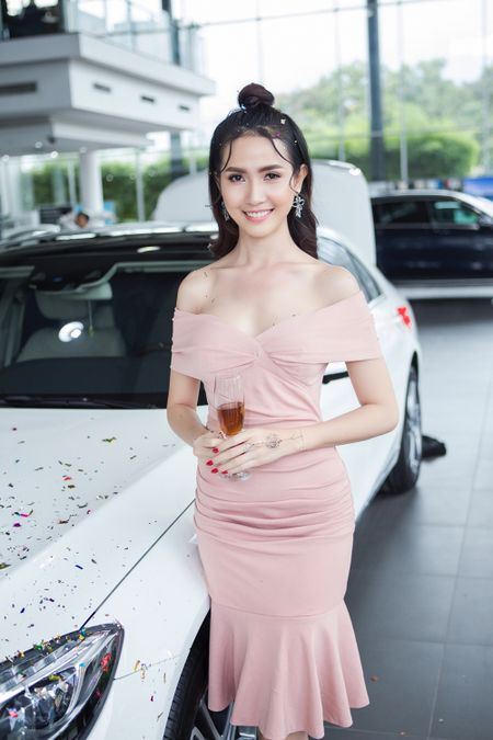 Phan Thi Mo co phai la dai gia moi cua showbiz Viet? - Anh 6