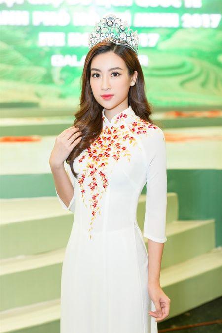Hoa hau Do My Linh 'lan at' nhan sac Hoa hau Lao va Campuchia truoc ngay thi Hoa hau The gioi 2017 - Anh 7