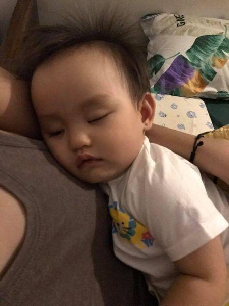 Sao Viet 24h: Ho Ngoc Ha tu hao vi con trai biet dieu, song tinh cam - Anh 16