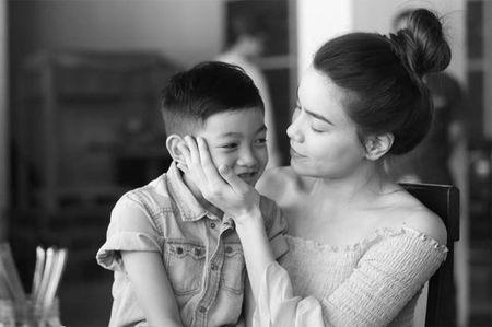 Sao Viet 24h: Ho Ngoc Ha tu hao vi con trai biet dieu, song tinh cam - Anh 2