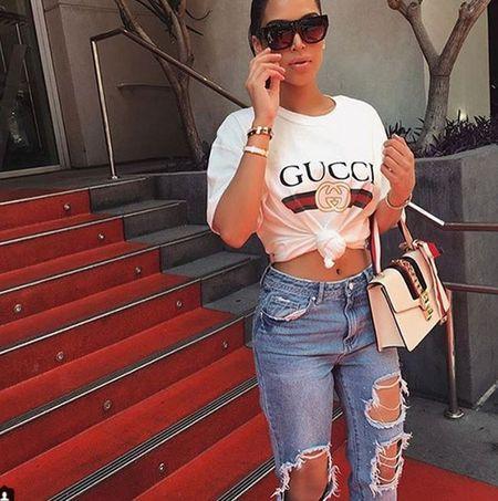 Cap chi em khien dan mang hoang mang vi qua giong Kim Kardashian va Kylie Jenner - Anh 3