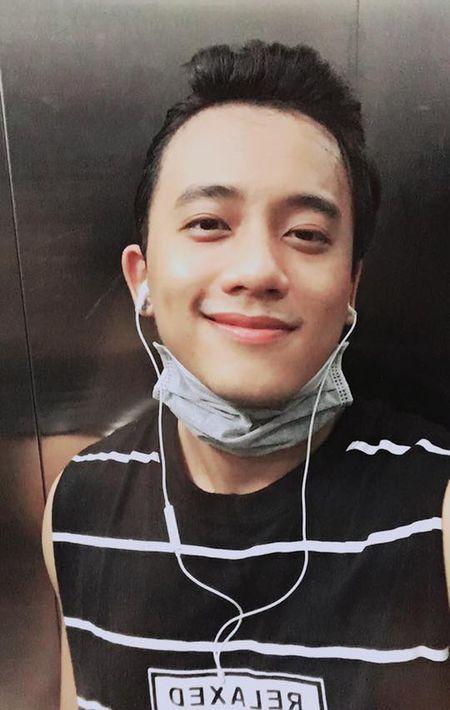 Loat anh doi thuong bi tag 'de thuong muon xiu' cua nam chinh MV Em gai mua dang gay bao - Anh 15
