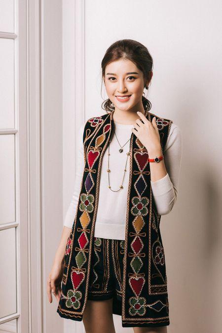 Huyen My chon loat hang hieu chuan bi cho Miss Grand International 2017 - Anh 7