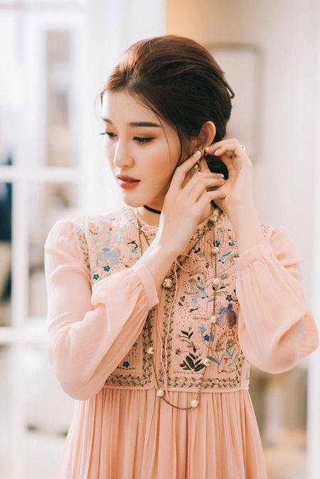 Huyen My chon loat hang hieu chuan bi cho Miss Grand International 2017 - Anh 9
